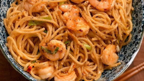 Photo of Shrimp and Noodles with Chili Crisp Sauce by Diana71