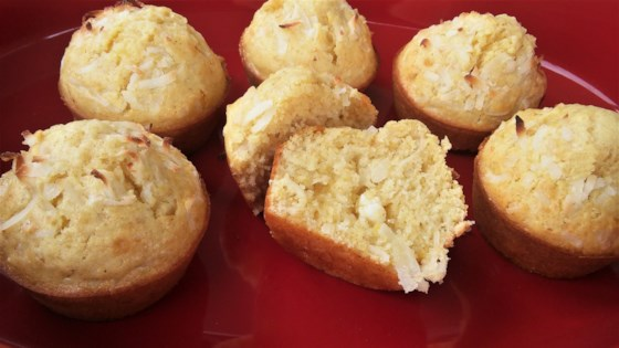Photo of White Chococonut Cupcakes by Chelsea