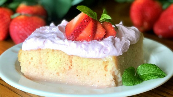 Photo of Strawberries and Cream Baileys® Poke Cake by Yoly