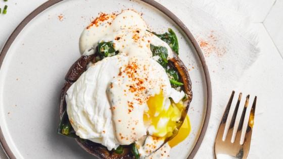 Photo of Portobello Spinach Eggs Benedict by EatAndRun