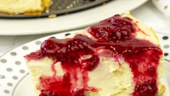 Photo of Keto Raspberry Cheesecake by Holistic Yum
