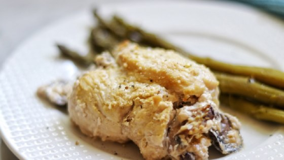 Photo of Keto Mushroom-Stuffed Chicken Breasts by fabeverydayblog