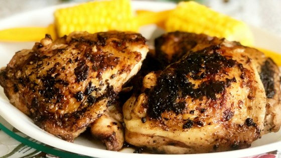 Photo of Blackened Ranch Pan-Fried Chicken Thighs by Yoly