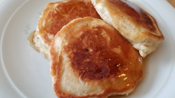 Photo of Easy Vegan Banana Pancakes by Fioa