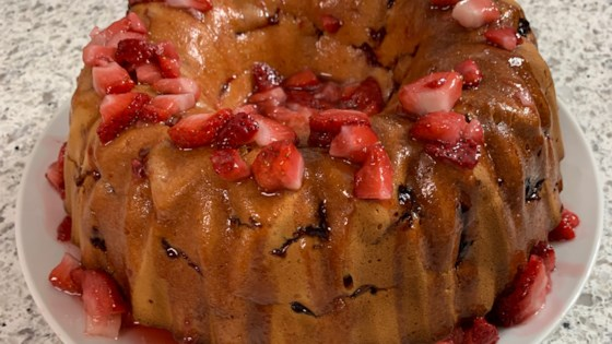 strawberry cream cheese pound cake review by msbusbee