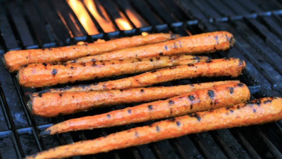 Photo of Maple-Glazed Grilled Carrots by France C