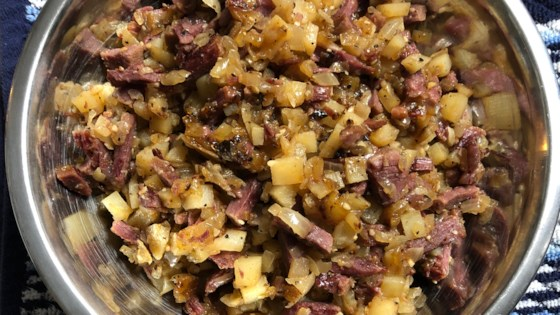 Photo of Corned Beef Hash (Abalos style) by RINGONIAN