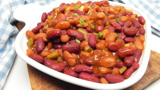 Photo of Home-Style Vegetarian Baked Beans by ROBIN JOYE