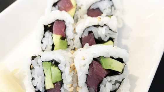 Photo of Inside-Out Spicy Tuna and Avocado Sushi by yellowpairs ♥