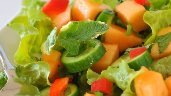Photo of Spinach Cantaloupe Salad with Mint by SPEARSON35