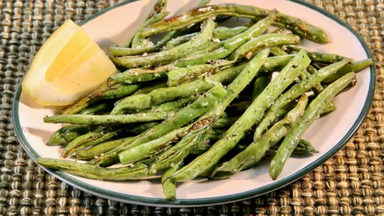 Photo of Anne's Amazing Roasted Green Beans  by Anne