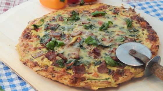 Photo of Bacon, Egg, and Spinach Breakfast Pizza by Linda T