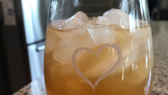 Photo of Homemade Peach Tea by lxydn