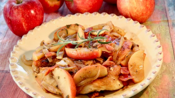Photo of Apple-Rosemary Chicken by lutzflcat