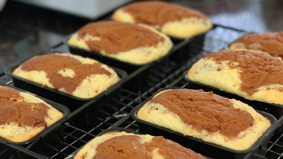 Pumpkin-Cream Cheese Mini Loaves Recipe
