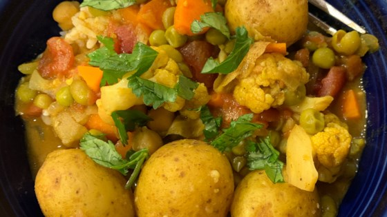 Photo of Spicy Vegan Potato Curry by MeganLee