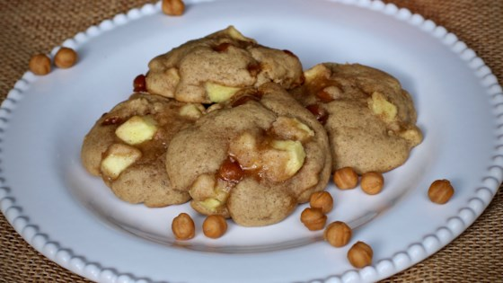 Photo of Gooey Caramel Apple Cookies by C@ts-m0m