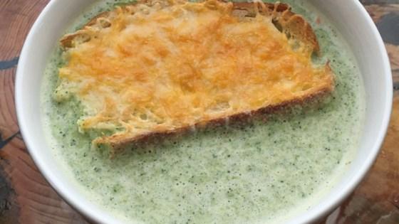 Photo of Broccoli Soup by LONBINDER