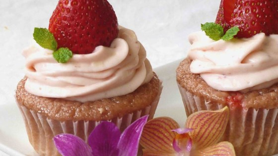 Photo of Real Strawberry Cupcakes by drewface