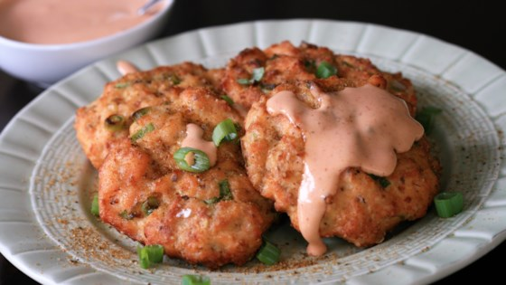 Photo of Keto Air Fryer Salmon Cakes with Sriracha Mayo by France C