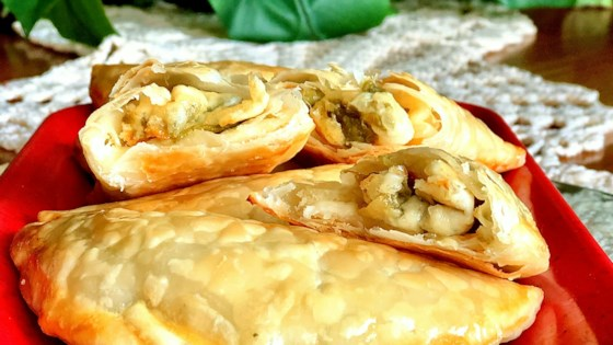 Photo of Empanadas de Queso con Rajas (Poblano Chile and Cheese Empanadas) by Yoly