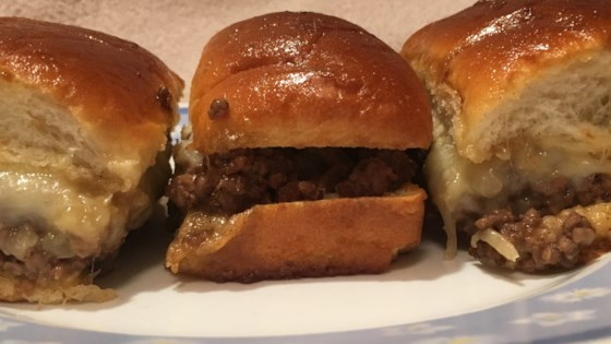 Photo of Cheeseburger Sliders by cunxtttues
