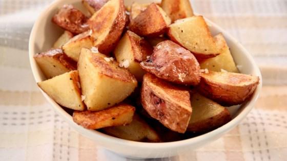 Photo of Crispy Roasted Potatoes by Lindsay W