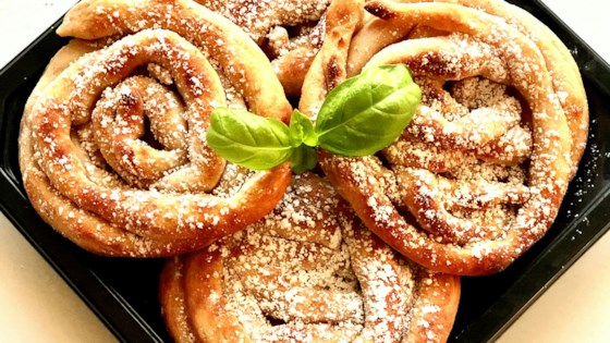 Photo of Skinny Air Fryer Funnel Cakes by Yoly