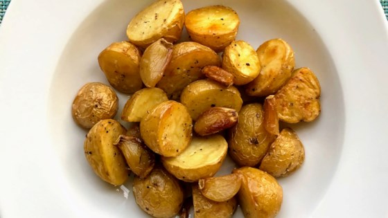 Photo of Garlic Roasted Potatoes by It's A New Day