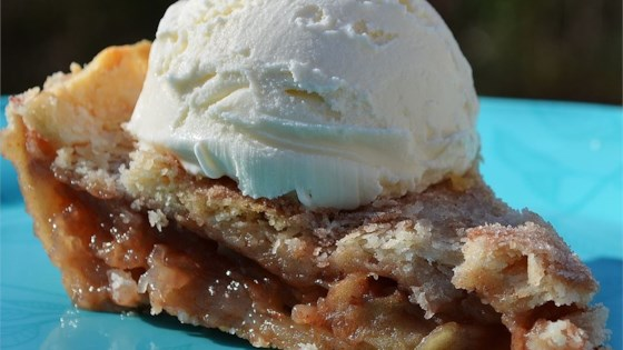 Photo of Sunday's Apple Pie by Donna