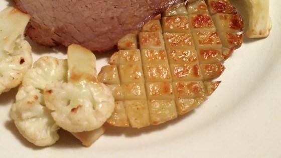 Photo of Diamond-Cut Roast Potatoes by Bren