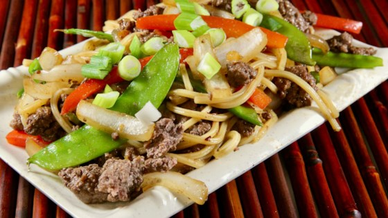 Photo of Ground Beef Lo Mein by lutzflcat