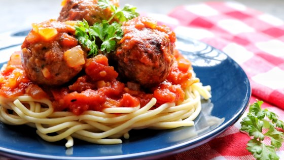 Photo of Vegan Spaghetti and (Beyond) Meatballs by fabeverydayblog