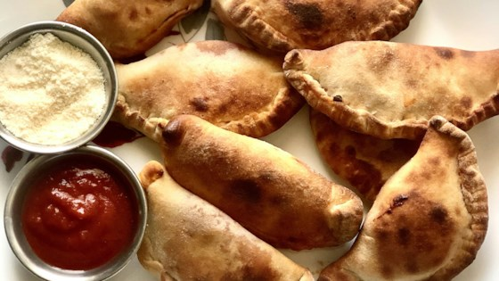 Photo of Air Fryer Mini Pizza Calzones by Yoly