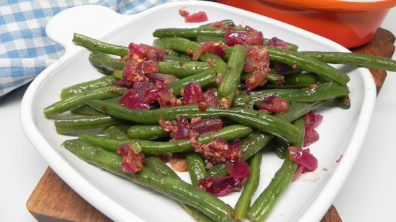 Photo of Sauteed Green Beans with Garlic  by BrittBritt