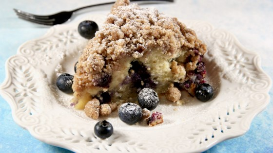 Photo of Blueberry Breakfast Crumb Cake by lutzflcat