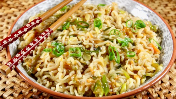 Photo of Ginger-Scallion Ramen Noodles by lutzflcat
