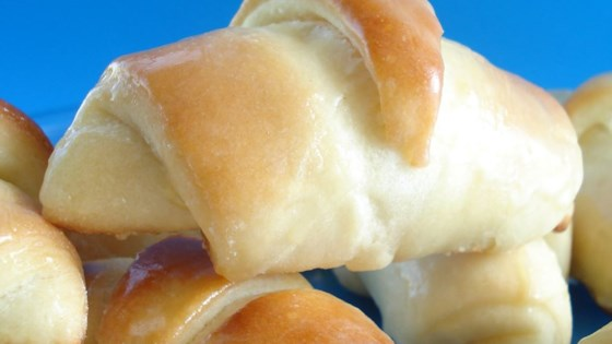 Photo of Cake Mix Yeast Rolls by RUTHEY