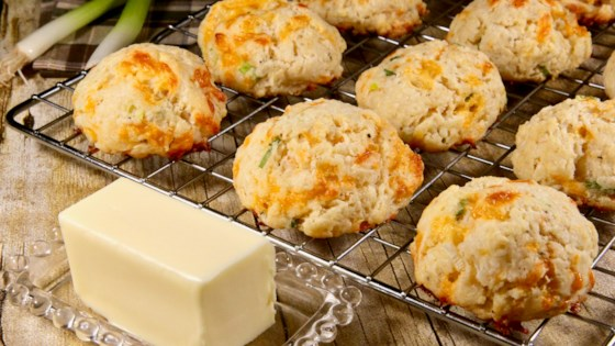 Photo of Cheddar-Scallion Buttermilk Biscuits by lutzflcat
