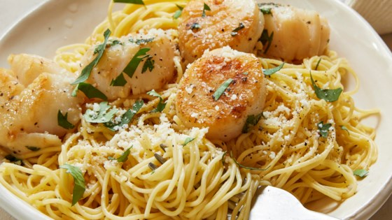 savory sea scallops and angel hair pasta review by nhammm