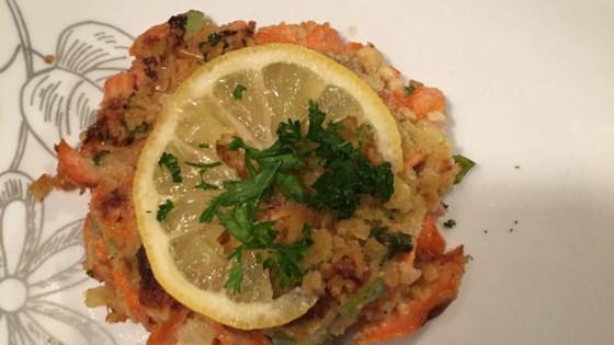 Photo of Favorite Salmon Cakes by Bibi