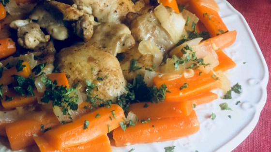 Photo of Easy One-Skillet Chicken Thighs with Carrots by Bibi