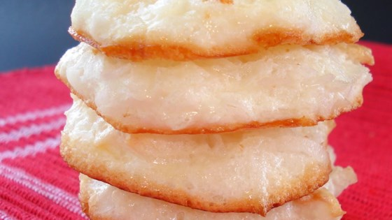 Photo of Quick and Easy Coconut Macaroons by Suzieim1
