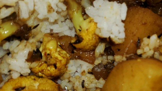 cauliflower and potato stir fry east indian recipe review by kas