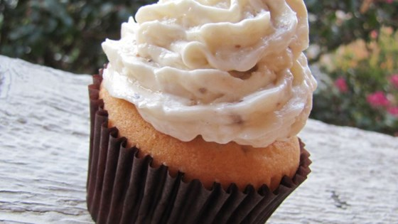 Photo of Buttercream-Coconut Cake Icing by Rizzy Fischer
