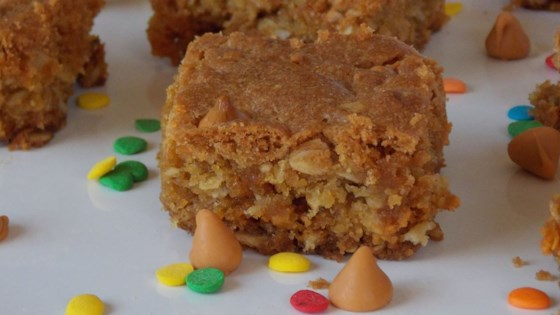 Photo of Oatmeal Scotchies in a Pan by ABELAIRE