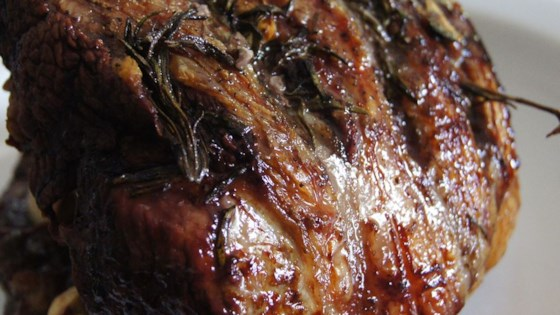 How To Cook Roast Leg Of Lamb Easy
