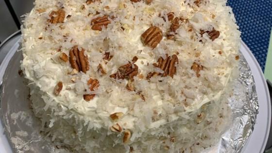 white velvet cake i review by hidey ho