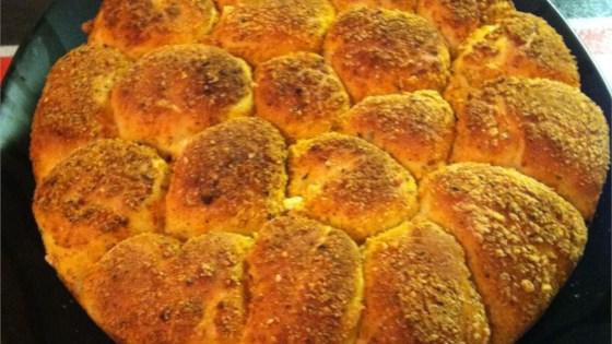 Photo of Savory Bubble Bread by SUSANNECS