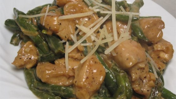 Photo of Divine Chicken with Green Beans by WannaBChef
